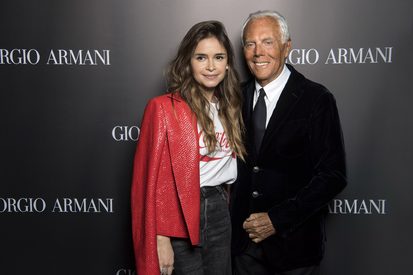 giorgio armani a mosca book signing e fashion show. Black Bedroom Furniture Sets. Home Design Ideas